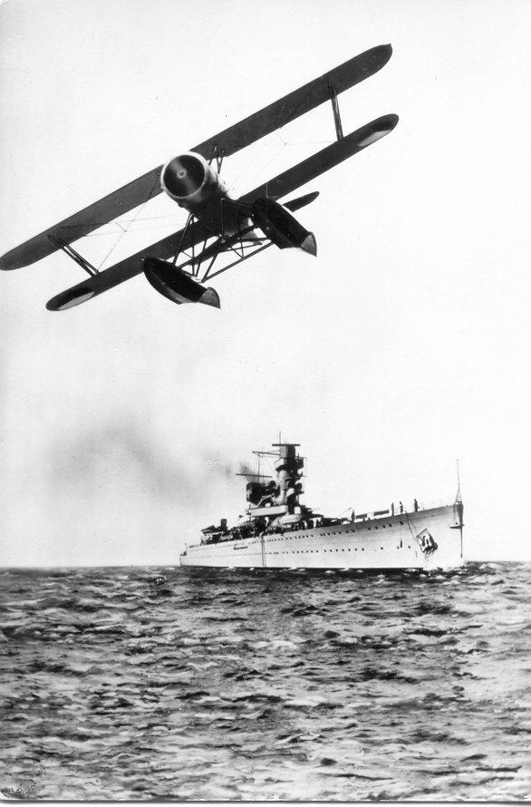 德·鲁伊德尔号和他的水上飞机